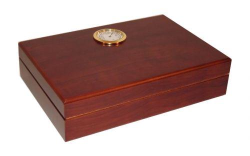 Utazó humidor - barna cédrusfa szivartartó doboz, párásítóval és külső hygrométerrel (19x13cm)