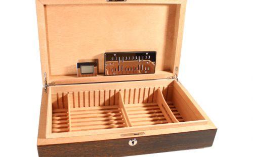 Exkluzív humidor 60 szál szivar részére, cédrus szivar tároló doboz, hygrométerrel, párásítóval - mahagóni