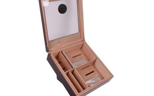 Humidor Fogadásokra - döntött szivar tartó doboz, üvegtetővel, hygrométerrel és párásítóval - bordó