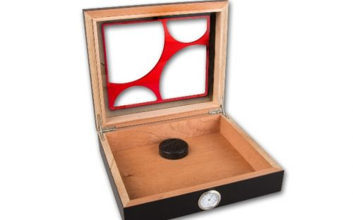 Humidor 30 szál szivar részére, cédrusfa szivar doboz, üvegtető, párásítóval, hygrométerrel - fekete