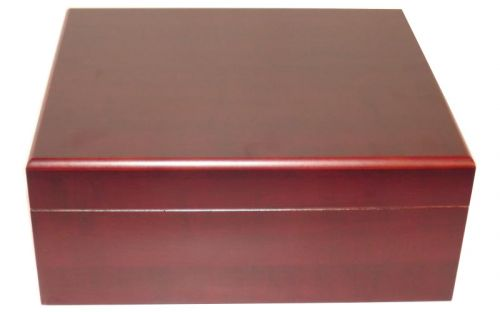 Humidor 40 szál szivar részére, cédrusfa szivar tároló doboz, párásítóval, hygrométerrel - bordó + AJÁNDÉK szett!