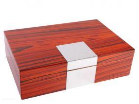 Humidor 40 szál szivar részére, spanyol cédrusfa szivar tartó doboz - barna színű, ezüst dekorációval